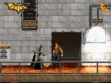Een gespierde man in bretellen verspert Batman de doorgang.