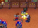 Sora slaat zijn tegenstanders tot moes met zijn gigantische sleutel.
