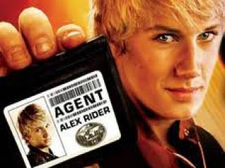 Kruip in de huid van geheim agent Alex Rider.