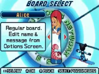 Een van de snowboards die je vrij kan spelen is dat van Alice in Wonderland.