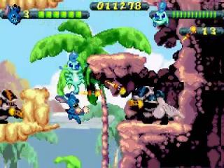 In multiplayer modus neem je het samen op tegen de aliens.