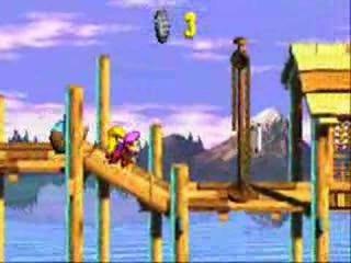 Dit spel is een remake van het gelijknamige <a href = https://www.mariosnes.nl/Super-Nintendo-game.php?t=Donkey_Kong_Country_3_Dixie_Kongs_Double_Trouble>SNES-spel</a>!