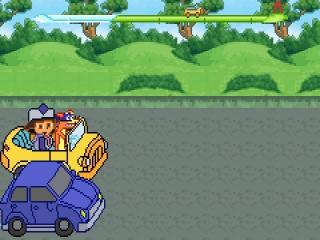 Dora's haren wapperen in de wind wanneer ze in een cabrio naar de luchthaven wordt gebracht.