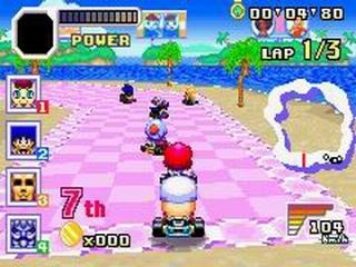 Het spel lijkt op <a href = https://www.mariogba.nl/gameboy-advance-spel-info.php?t=Mario_Kart_Super_Circuit target = _blank>Mario Kart</a> en dat is zeker niet slecht.