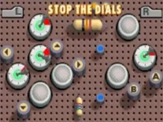 In deze puzzel laat je alle wijzers stoppen door de juiste toetsencombinatie in te geven.