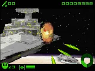 Tijdens de 14 missies zal je ook af en toe grotere ruimteschepen moeten bombarderen.